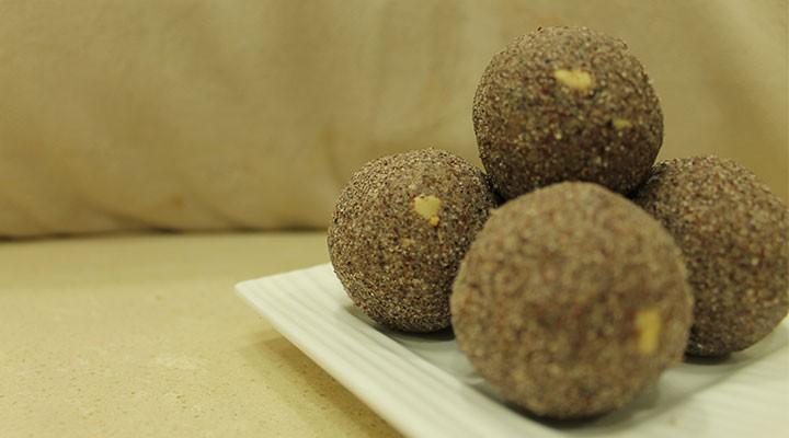 Vellanki Foods Ragi Laddu