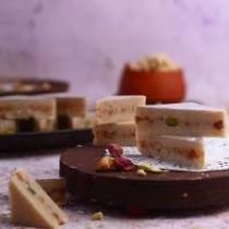 Almond House Kaju Pista Sandwich