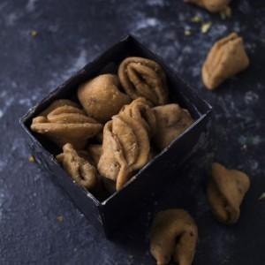 Almond House Zeera Mathri