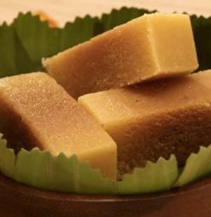 Pullareddy Milk Mysorepak